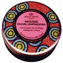 Limpiador facial suave pero con eficacia.  Mousse limpiadora de uso diario con aceite de Moringa Salvaje, Petitgrain de Azaha
