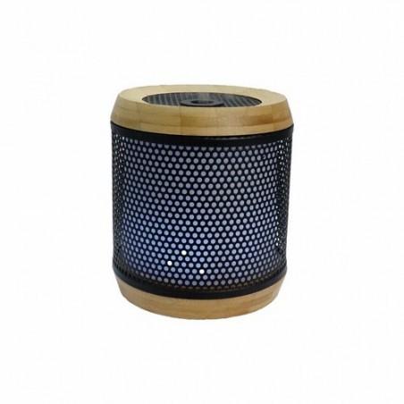 Audelia: difusor ultrasónico Los beneficios de los aceites esenciales y un diseño moderno Audelia es un objeto bonito con dis