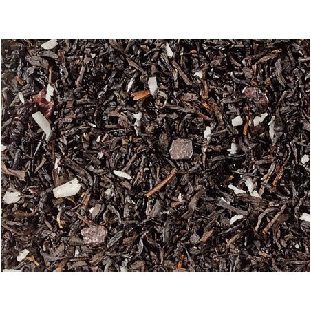 Té negro (91%), rayadura de cacao, rayadura de coco, plaquitas de chocolate (ázucar, grano de cacao molido con manteca de cacao