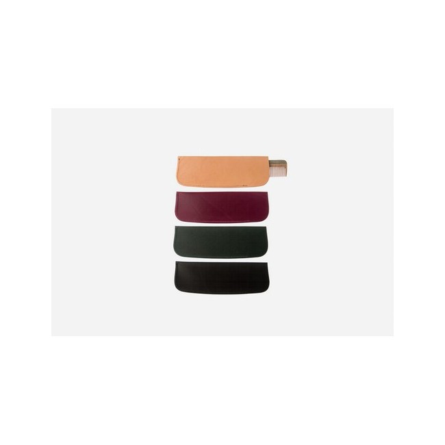 Estuche para peines de peluquería del art. 3, 7, 8, 13, 17, 30H 17E de cuero curtido vegetal.
