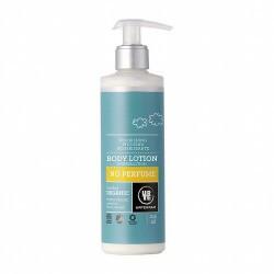 Loción corporal sin perfume. Gracias su contenido de aloe vera y glicerina combinados con manteca de karité y aceites de oliva,