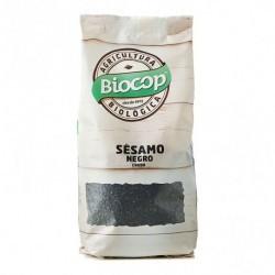 BIOCOP  Las semillas de sésamo negro tienen mayor porcentaje de calcio y hierro que las blancas; y contienen menos grasa. Su