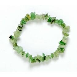 Pulsera Chip Jade Verde. Presentada en jinete de cartón con nombre de mineral y su propiedad.