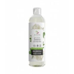 Agua limpiadora micelar que combina la suavidad y la eficacia de una base limpiadora suave con la frescura de las hojas de meli