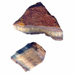 Ejemplares de Ojo de Tigre, natural, sin pulir.  Tamaños diversos, entre 4-12 cmts.  Procedencia: Namibia.