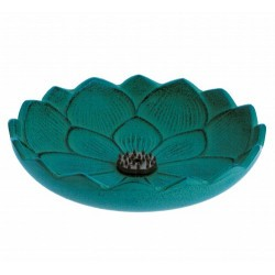 Quema tu incienso japonés favorito en este elegante incensariode hierro colado. Ha sido fabricado en Morioka – Japón por Iwachu