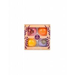 Set de regalo con 4 bomas de baño con ingredientes de la naturaleza.  Rosa, con pétalos de rosa secos Lavanda, con pétalos d