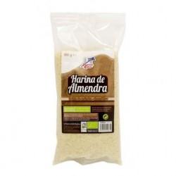Harina de almendra procedente de cultivo ecológico, elaborada a partir de la trituración de frutos secos repelados. Ideal para